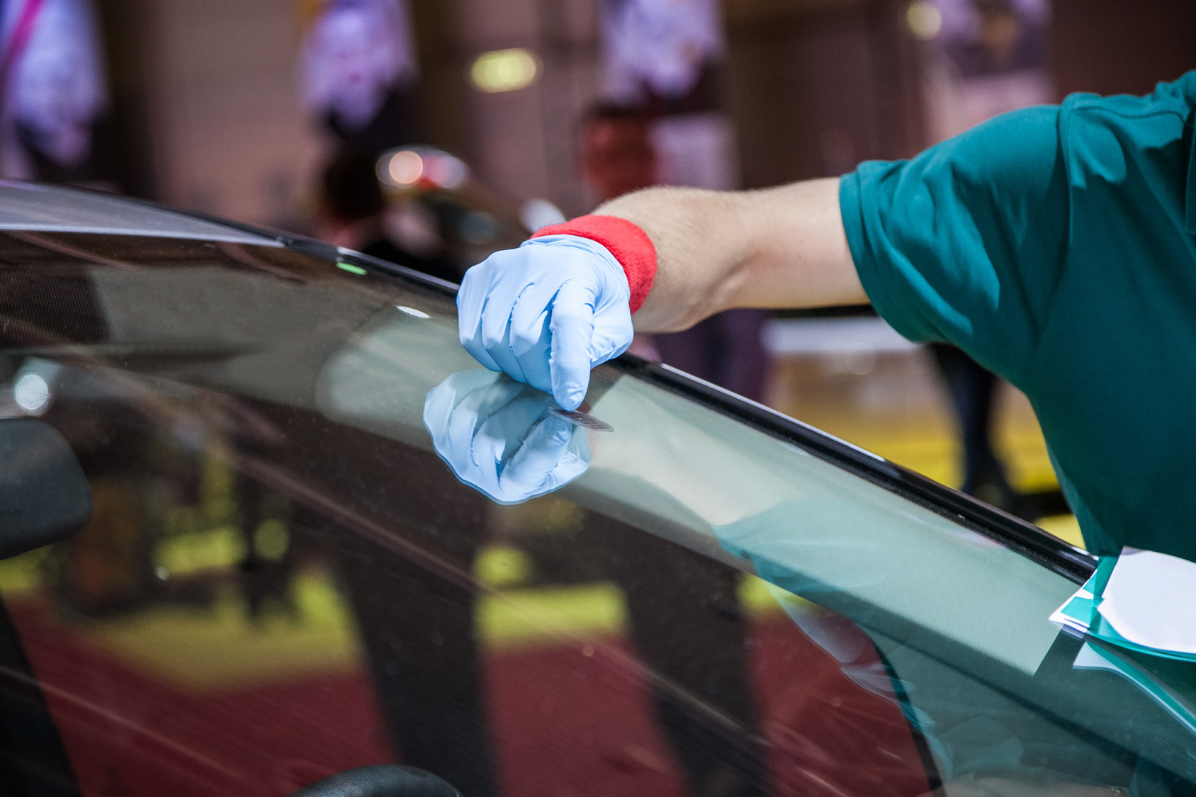 Auto glass repair lehners collision auto glass repair planetlyrics Image collections